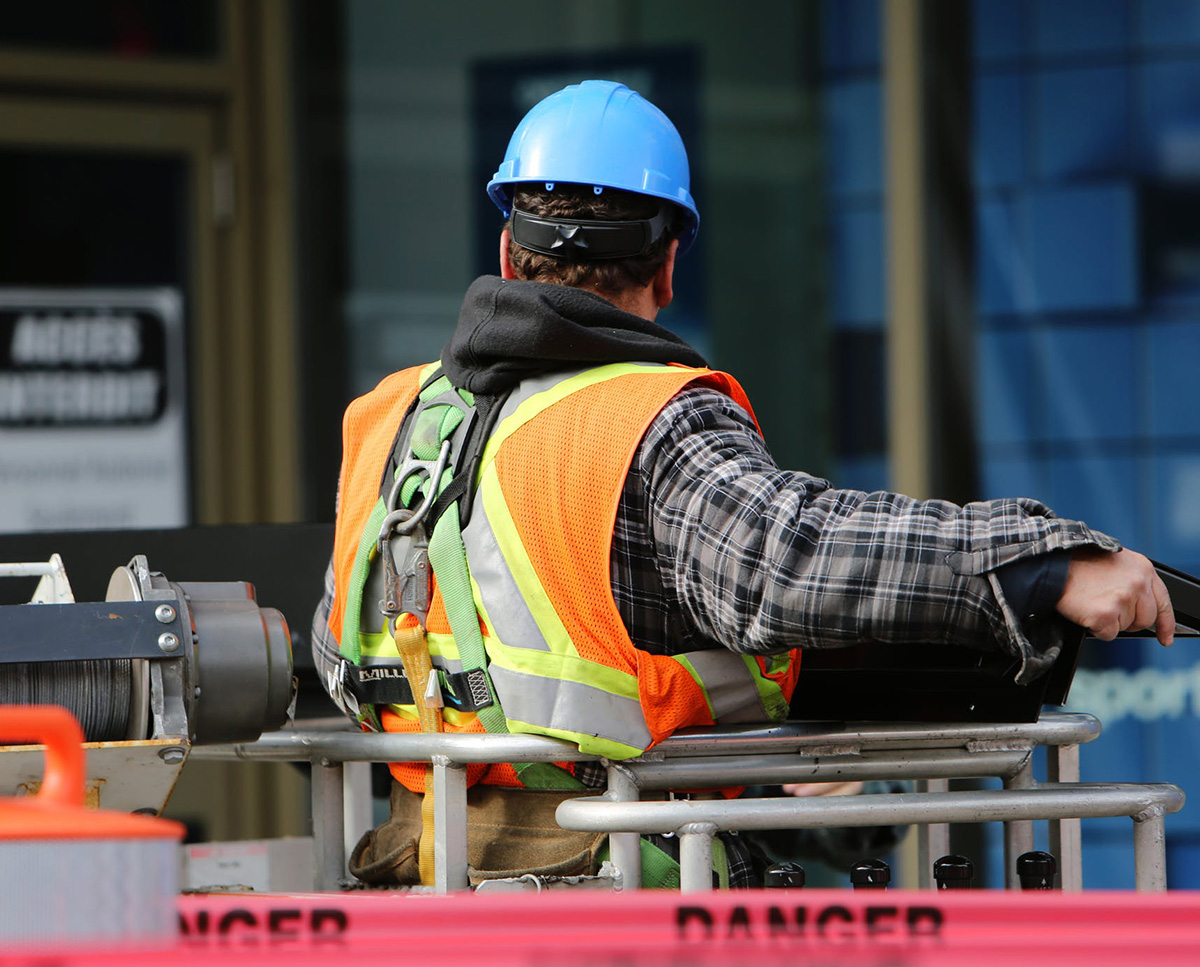INJURY LAWYER | WORKERS COMPENSATION LAWYER | HURT AT WORK